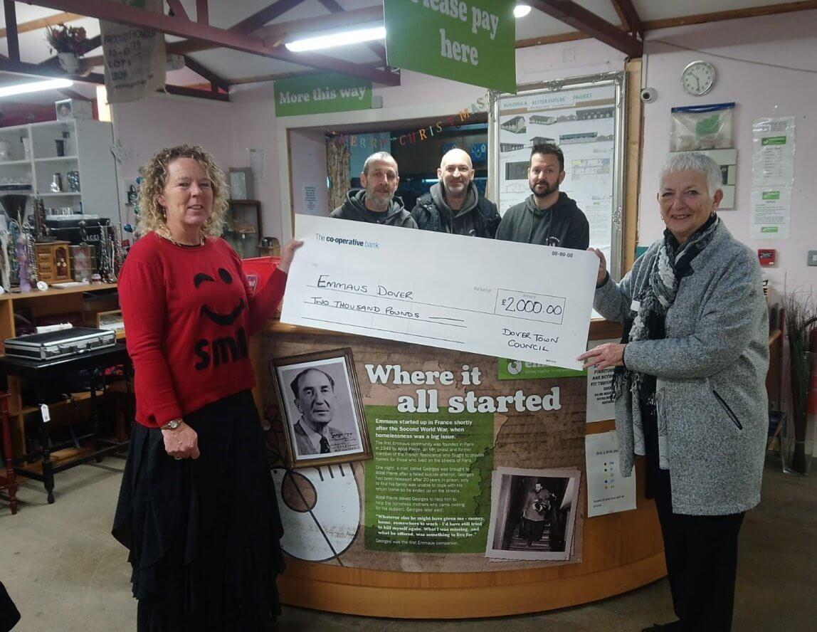 Dover Town Council donates £2,000 to Emmaus
