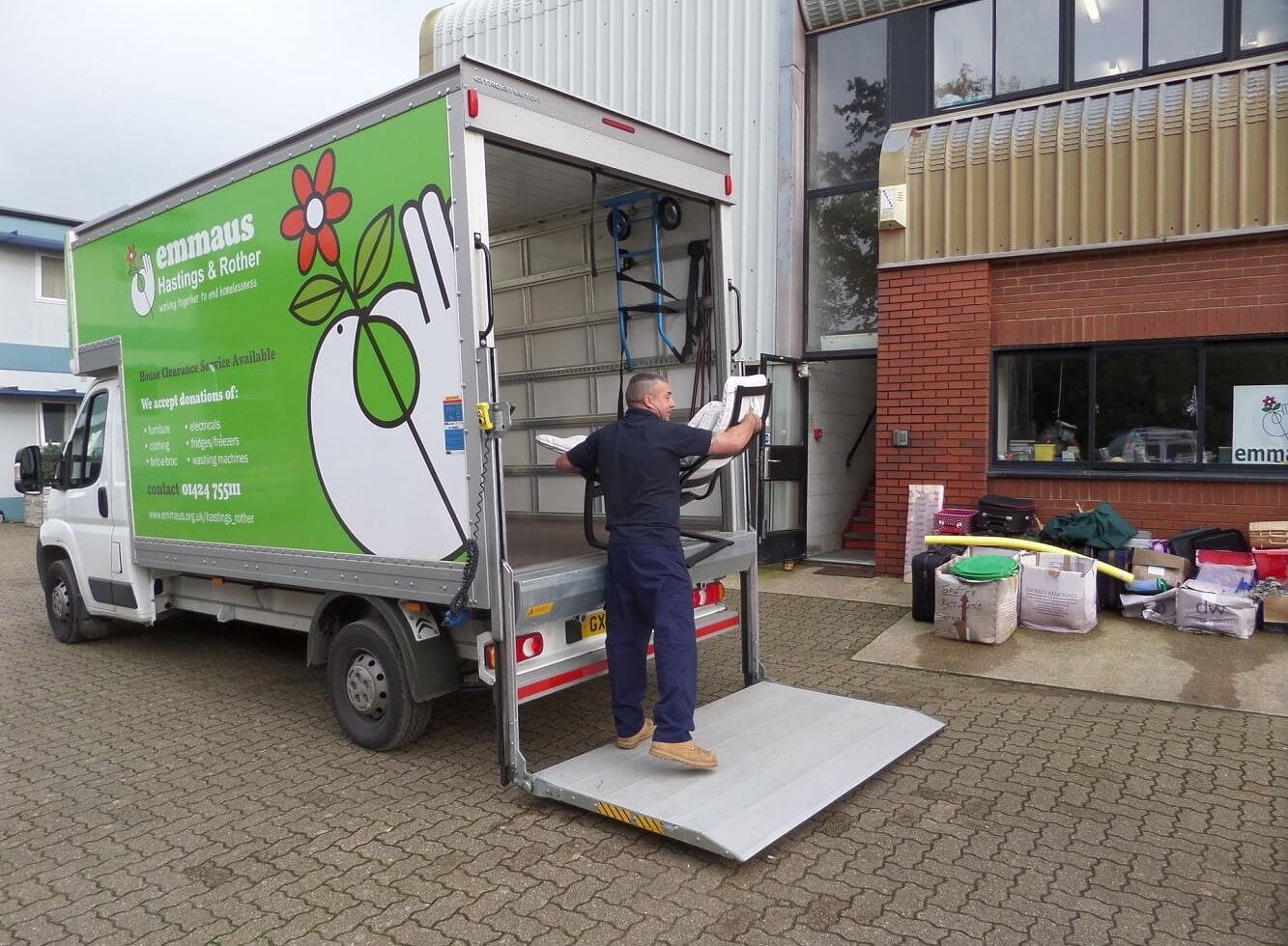 Donating goods to Emmaus Hastings & Rother
