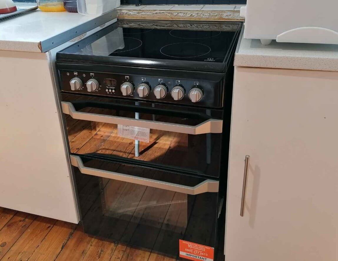 Stowe Family Law donate new cooker to Emmaus Leeds community kitchen