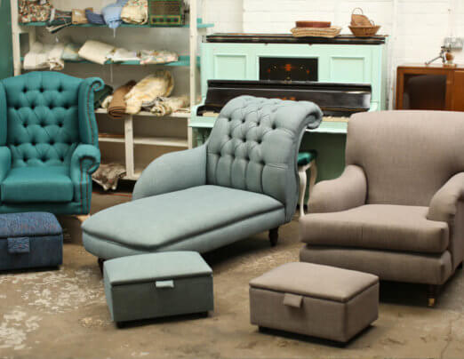 Emmaus Mossley trainees turn their hand to upholstery