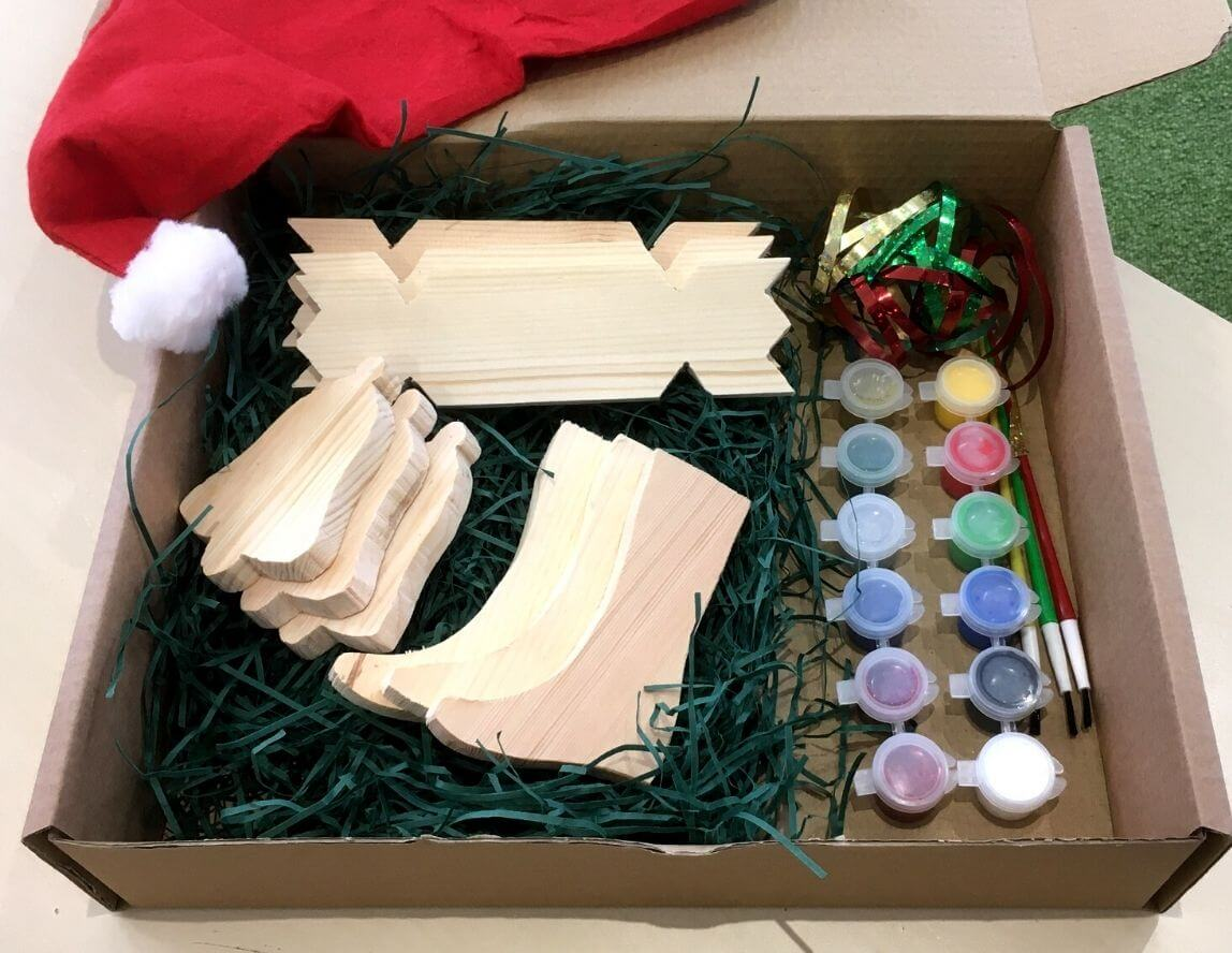 Shop: Christmas Decoration Craft Pack £19.95 + free delivery