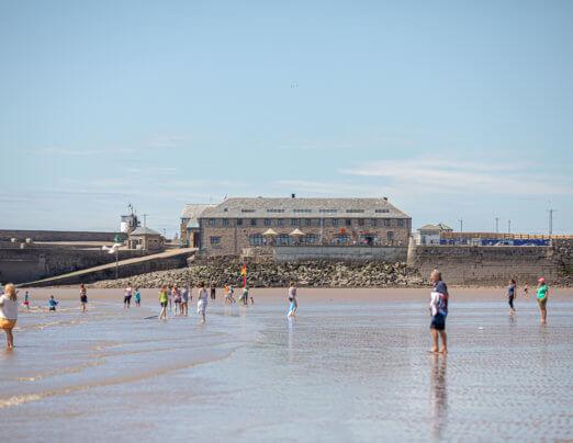 Sandy Bay | Bae Sandy